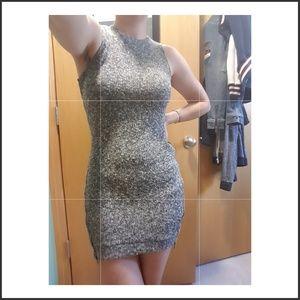 Dresses & Skirts - Grey knit body con dress